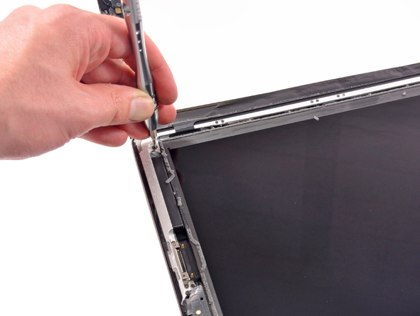 第三代苹果 iPad 拆机组图,看看新 iPad 的零件和内部构造吧